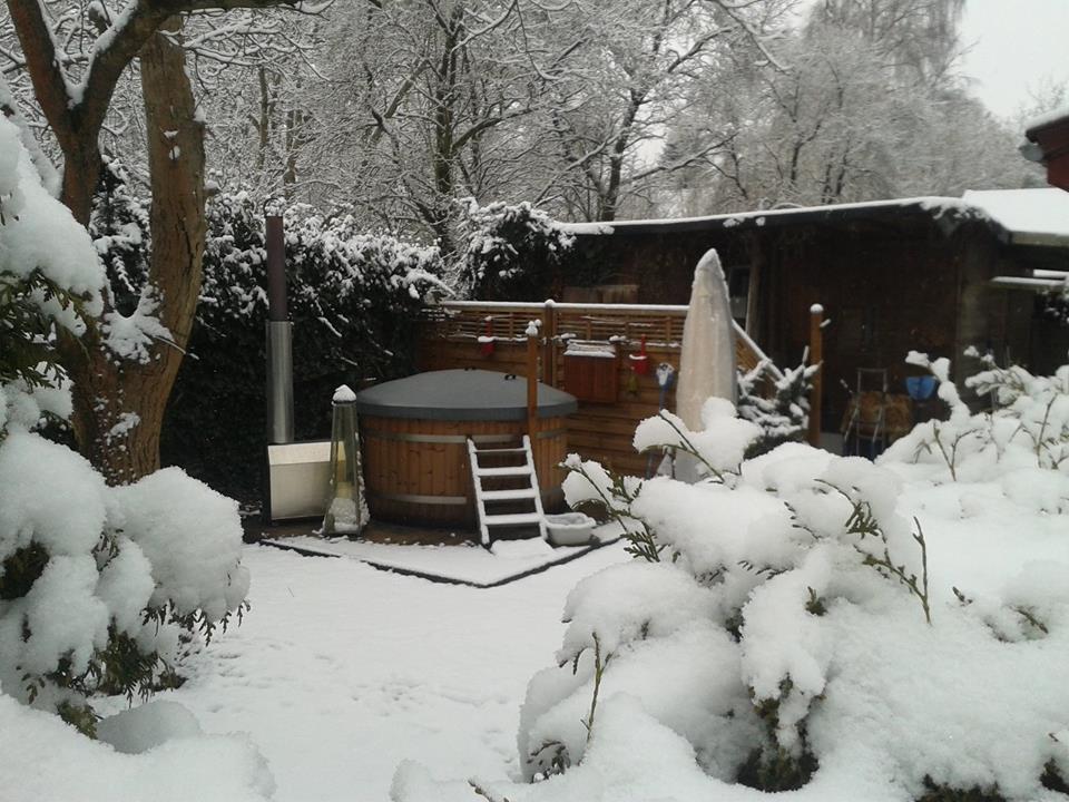 Badefass Im Winter